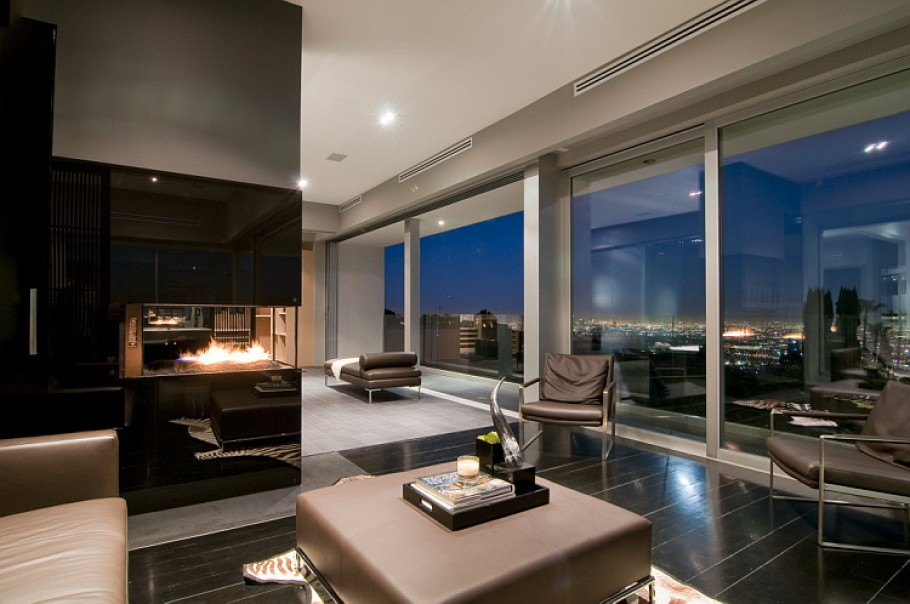 Luxury Home In Los Angeles Adelto