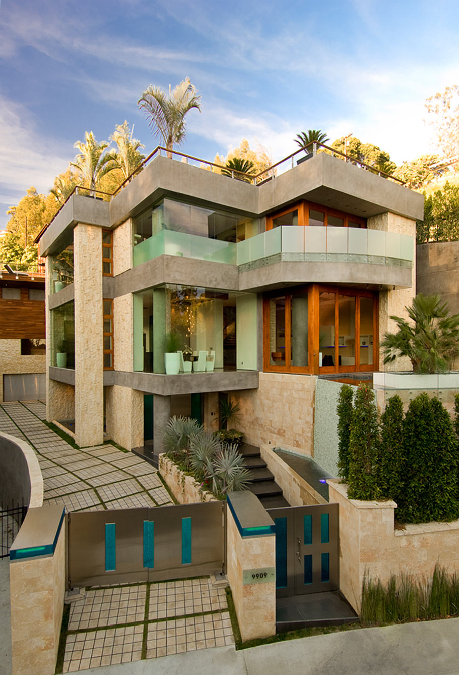 Luxury los angeles real estate for sale via ben bacal for Luxury houses for rent in los angeles