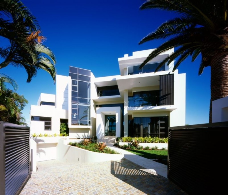 contemporary surfers paradise home by jared poole adelto