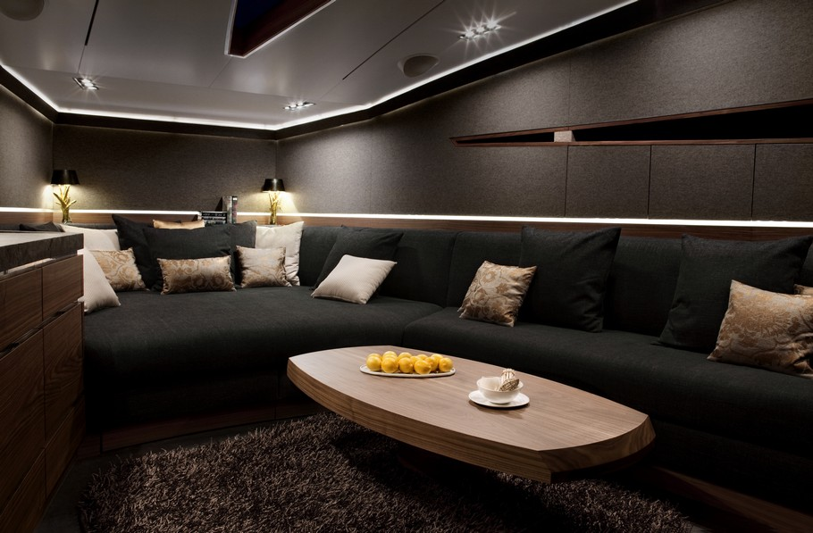 luxury yacht by art of kinetik adelto adelto. Black Bedroom Furniture Sets. Home Design Ideas