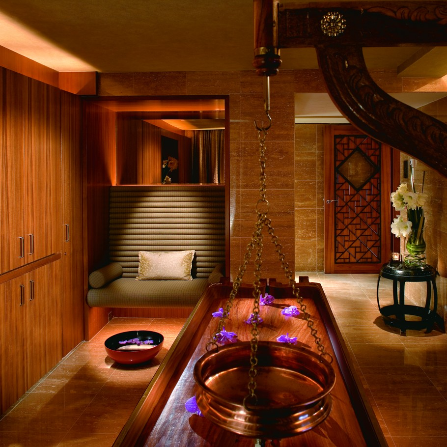 Home Design Ideas Hong Kong: The Exclusive Mandarin Oriental Hotel, Hong Kong « Adelto