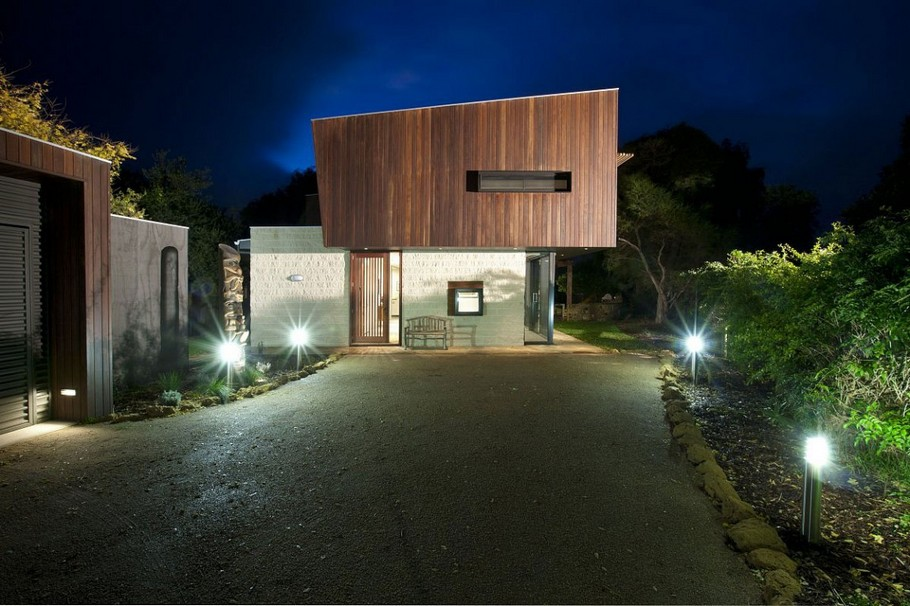 Contemporary Point-Lonsdale-Beach-House-03