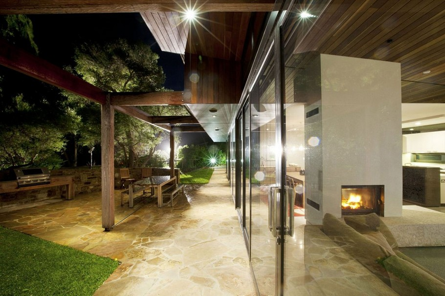 Contemporary Point-Lonsdale-Beach-House-08