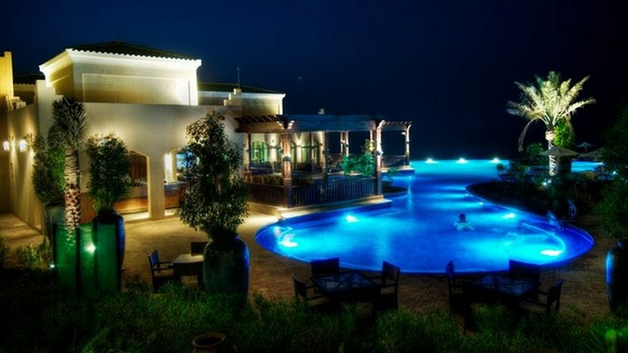 luxury-swimming-pools15