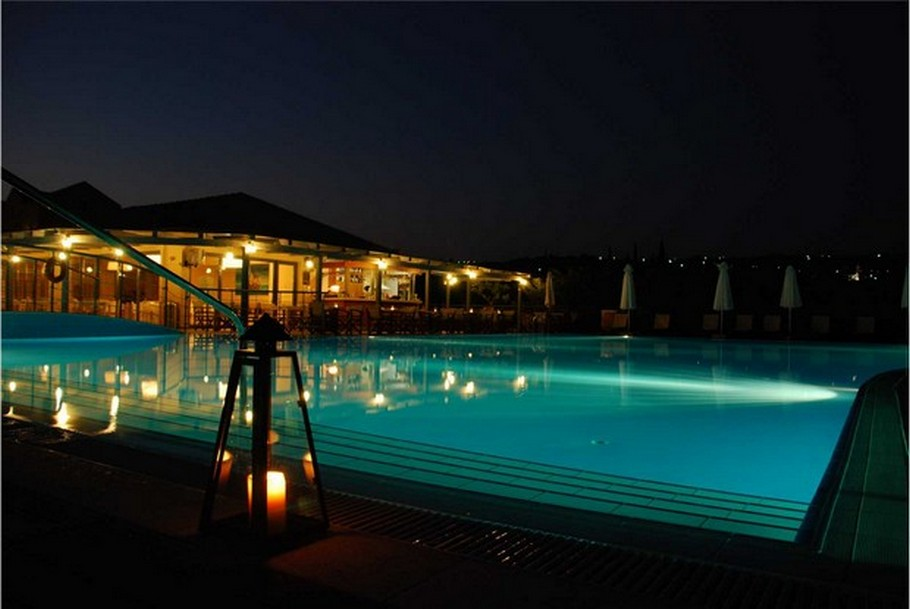 luxury-swimming-pools9