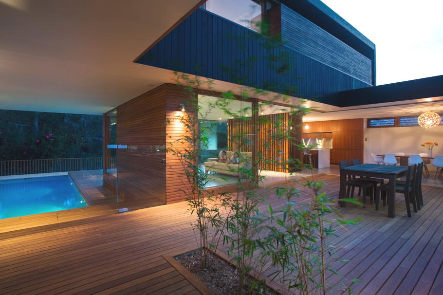 Contemporary-Narrabean-House-Australia 9