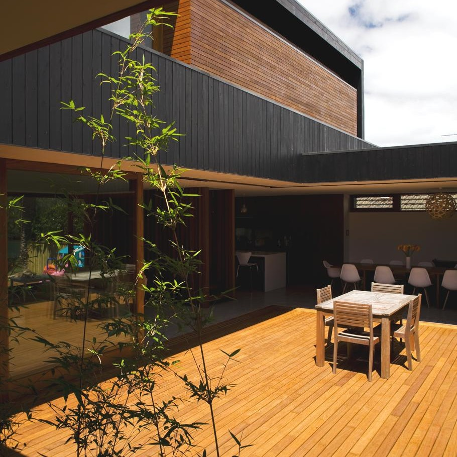 Contemporary-Narrabean-House-Australia 13