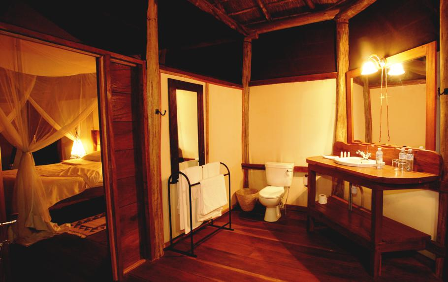 Luxury-Apoka-Lodge-Uganda 2