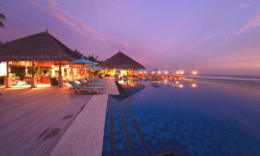 Luxury-resort-Anantara-Veli-Maldives-1