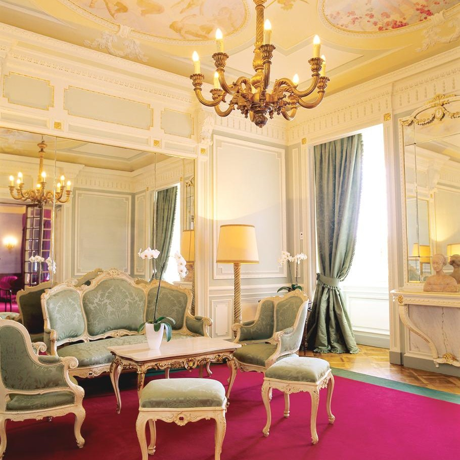 Luxury-Grand-Hotel-Majestic-Italy 5