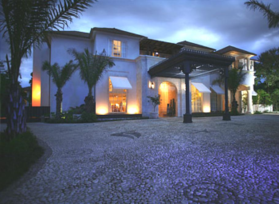 Luxury-Casa-Colonial-Beach-and-Spa-British-Virgin-Islands 1