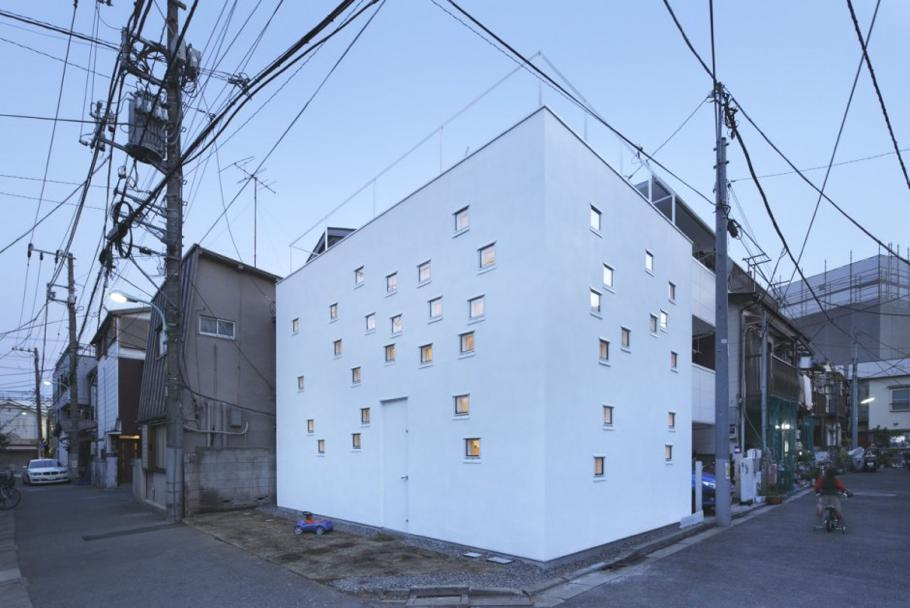 Contemporary-RoomRoom-House-Tokyo-Japan 11