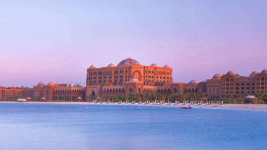 Luxury-Emirates-Palace-Abu-Dhabi 4