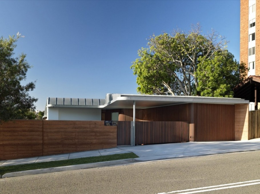 1 Elamang Avenue House by Luigi Rosselli