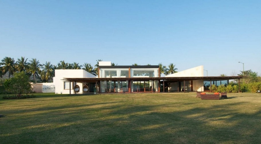 1 Khadakvasla House by SPASM Design Architects