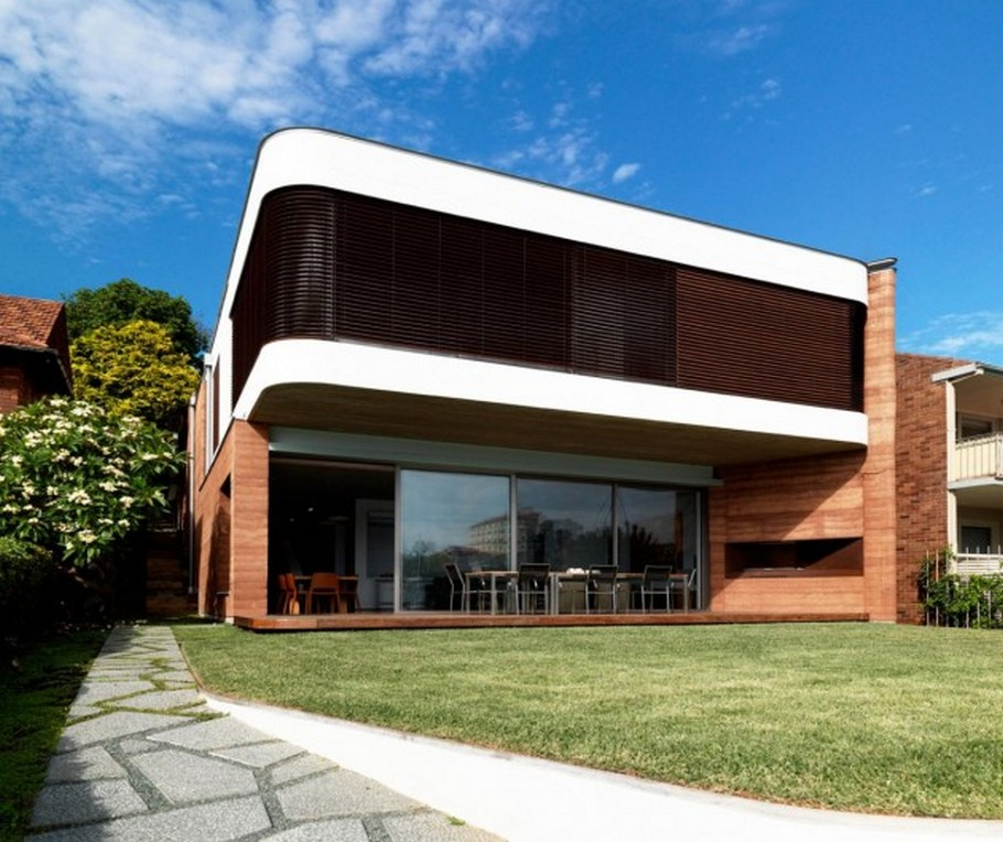 2 Elamang Avenue House by Luigi Rosselli