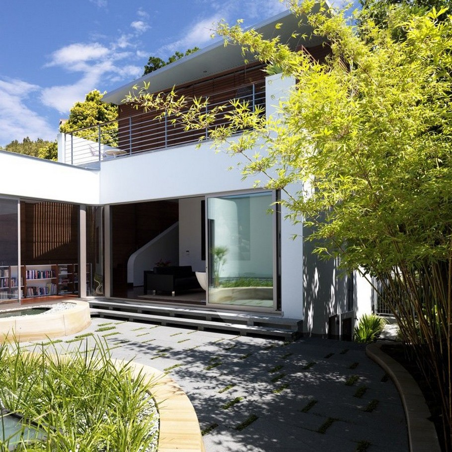 3 Elamang Avenue House by Luigi Rosselli