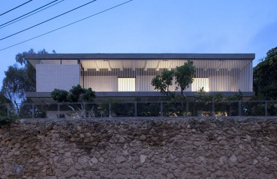 3 Rechter House by Pitsou Kedem Architects
