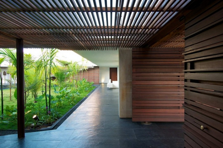 6 Khadakvasla House by SPASM Design Architects