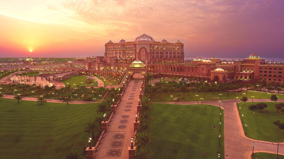 Luxury-Emirates-Palace-Abu-Dhabi 13