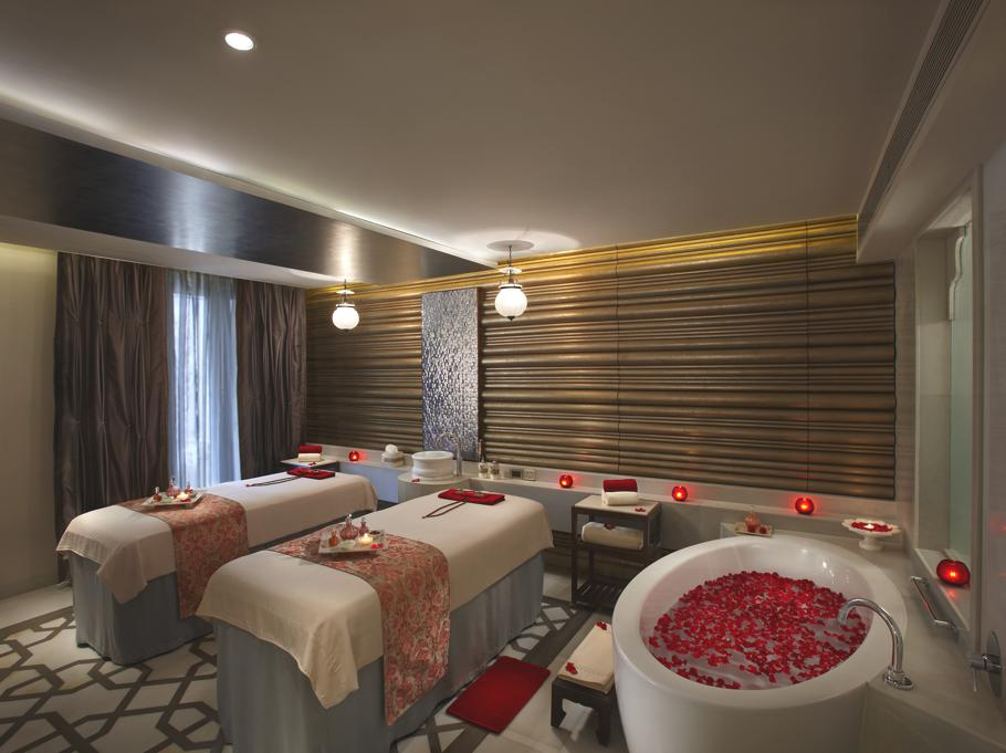 Luxury-ITC-Mughal-Kaya-Kalp-The-Royal-Spa-India 10