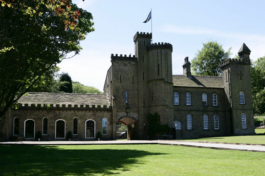 Luxury Carr Hall Castle 12