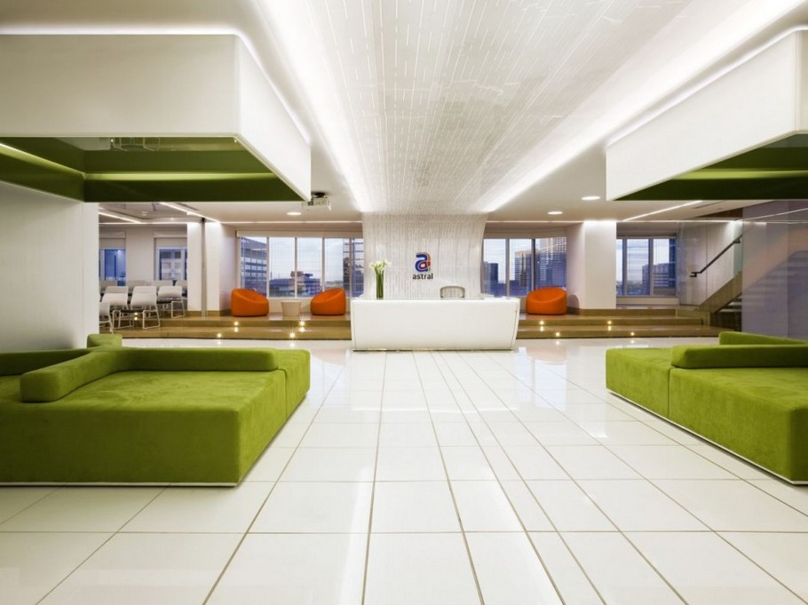 1 Astral Media Office Interior by Lemay Associés