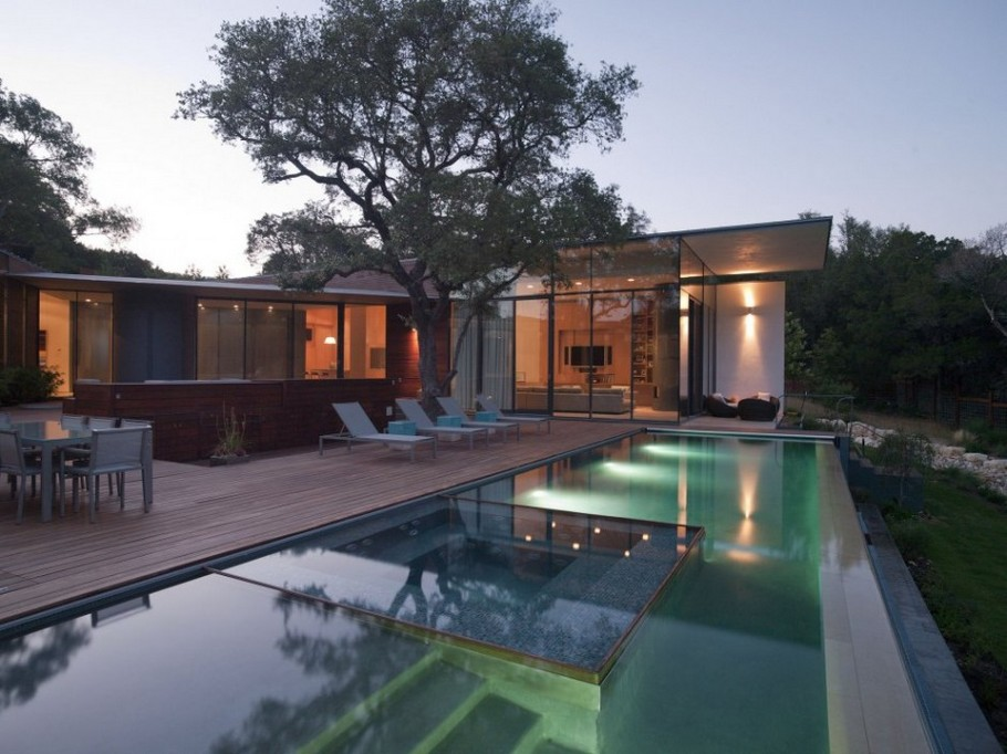 1 Cascading Creek House by Bercy Chen Studio