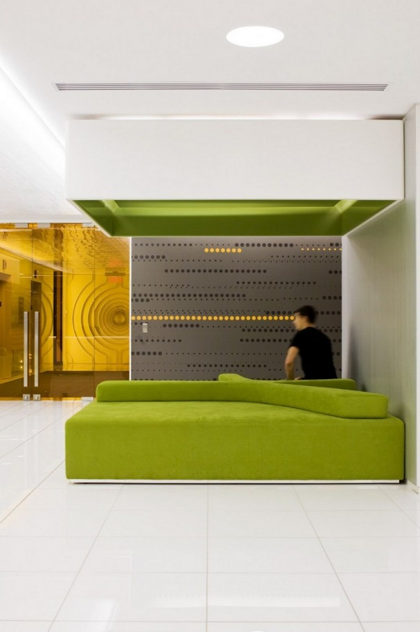 2 Astral Media Office Interior by Lemay Associés