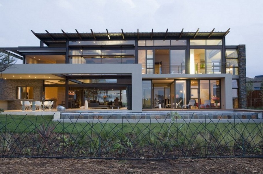 3 House Serengeti by Nico van der Meulen Architects