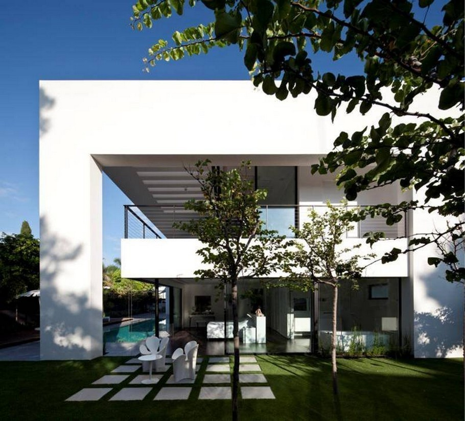4 Haifa House by Pitsou Kedem Architects
