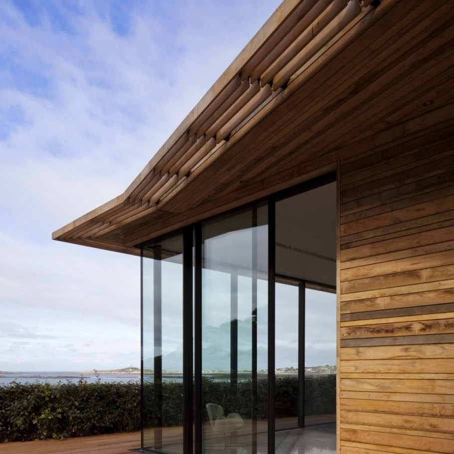 4 Le Portelet House by MOOARC