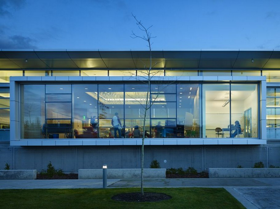 4 Sammamish Library by Perkins+Will