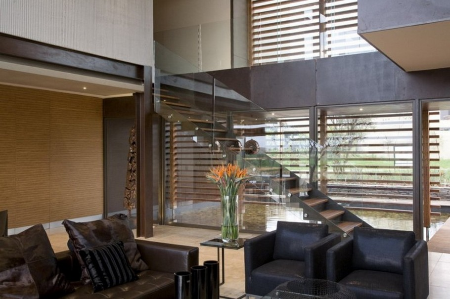 8 House Serengeti by Nico van der Meulen Architects