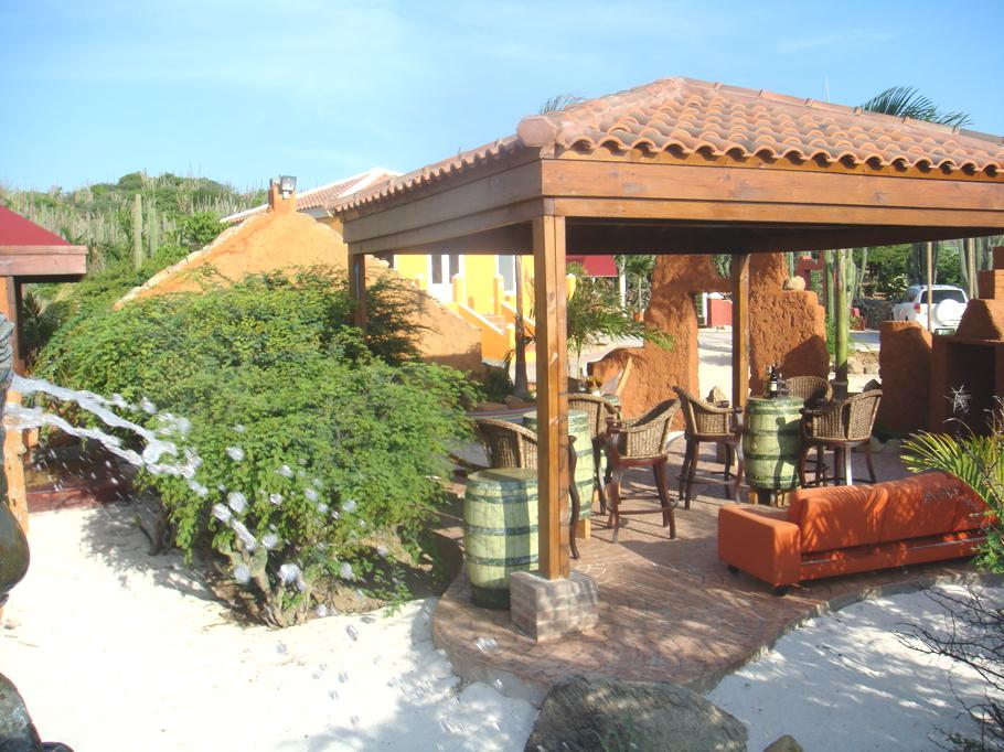 Luxury-Eco-Lodge-Cunucu Arubiano-Aruba 11