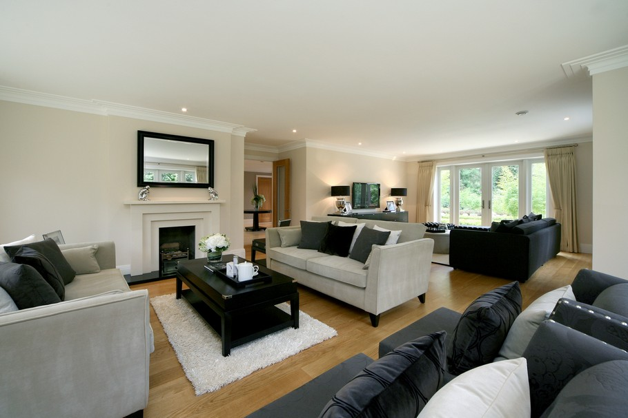 Luxury Home For Sale In Surrey, England  (19)