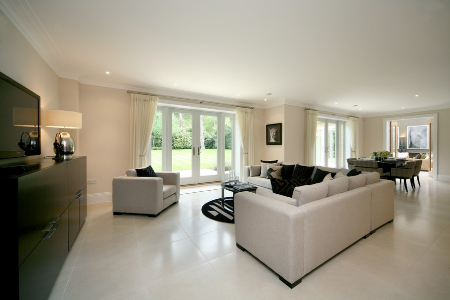 Luxury Home For Sale In Surrey, England  (25)