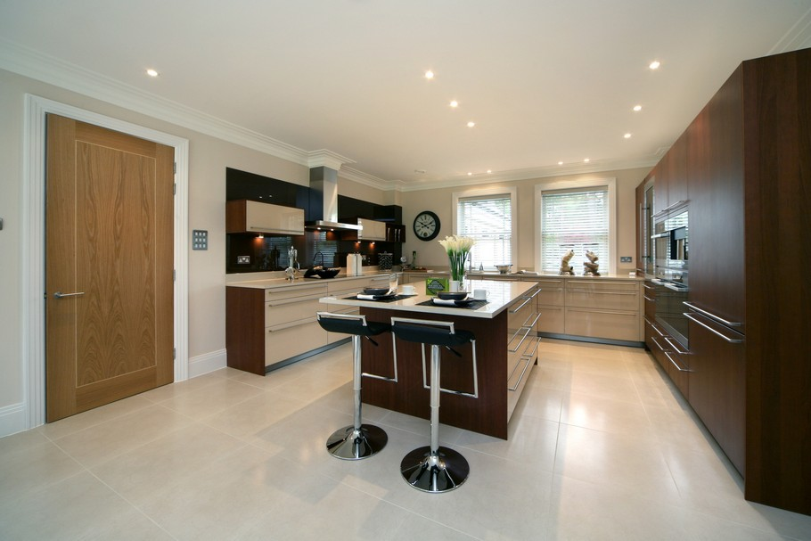 Luxury Home For Sale In Surrey, England  (27)