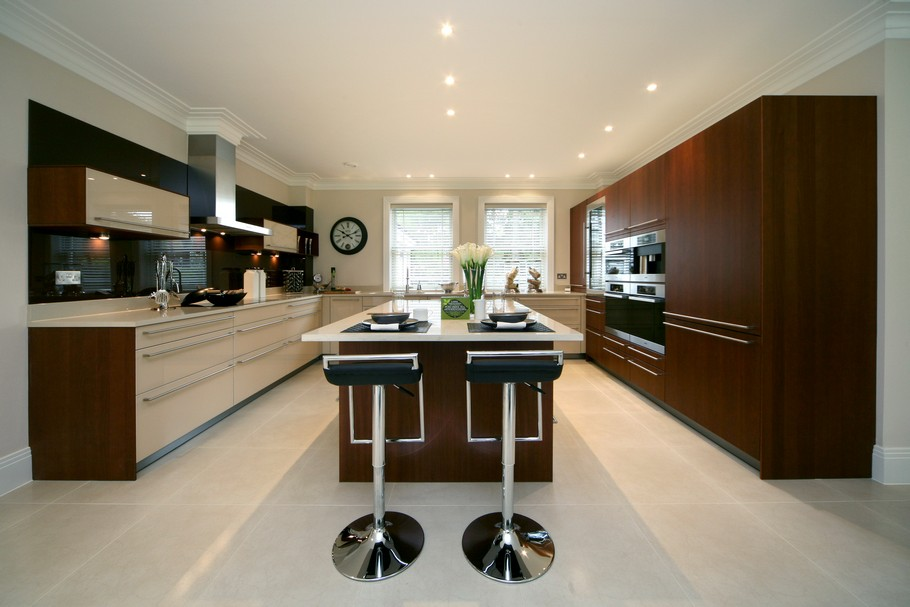 Luxury Home For Sale In Surrey, England  (28)