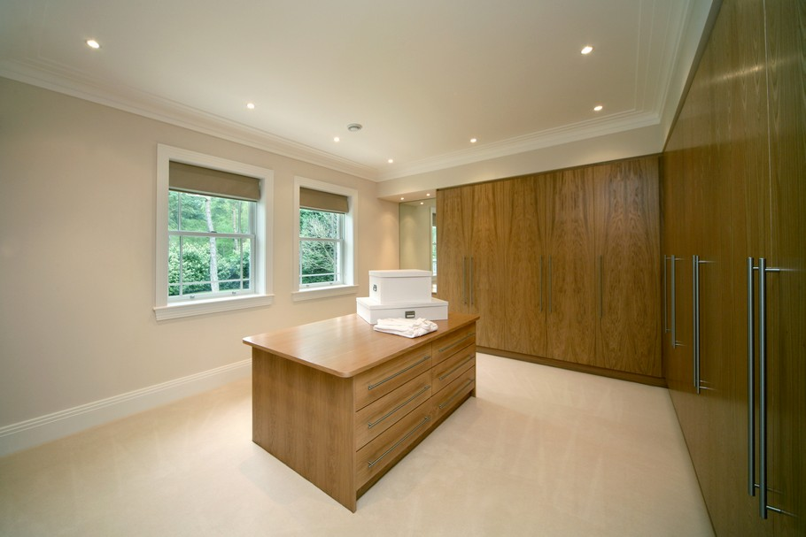 Luxury Home For Sale In Surrey, England  (5)