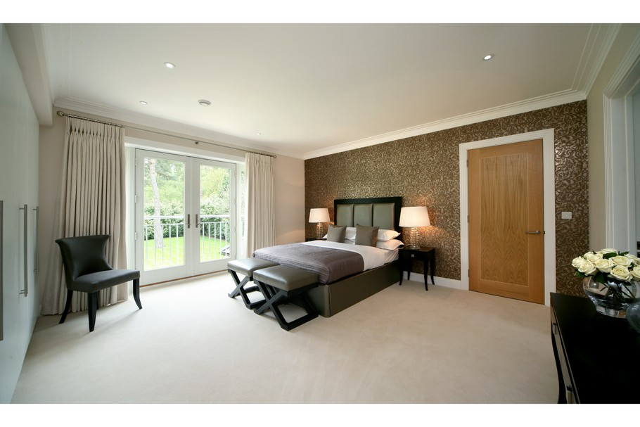 Luxury Home For Sale In Surrey, England  (9)