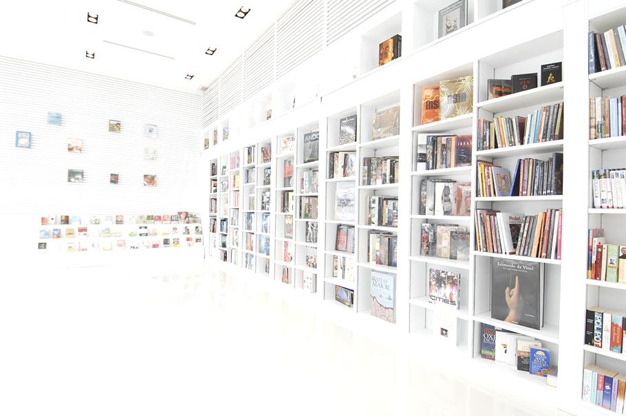 Luxury-Design-Hotel-The Library-Koh-Samui-Thailand 4