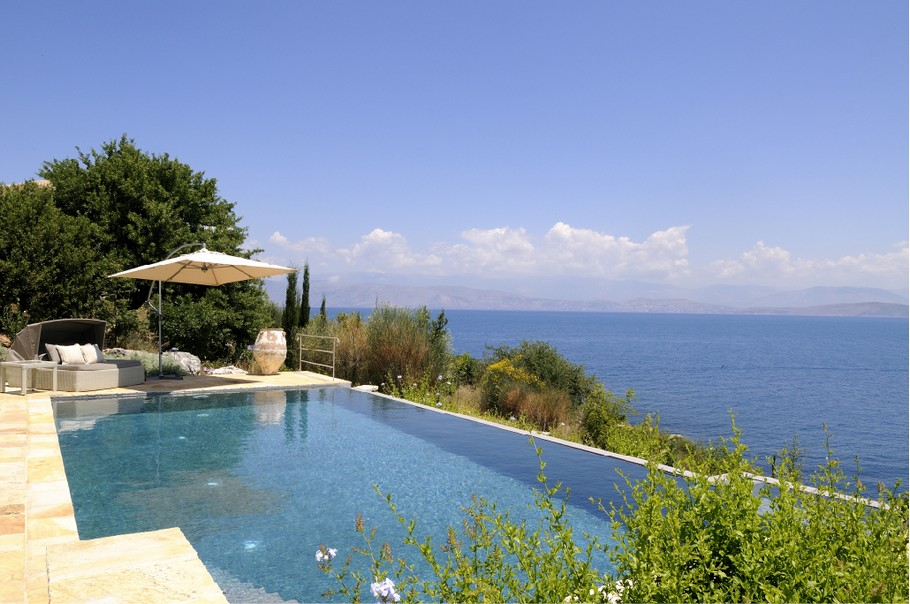 the contemporary atolikos villa  corfu  u00ab adelto adelto