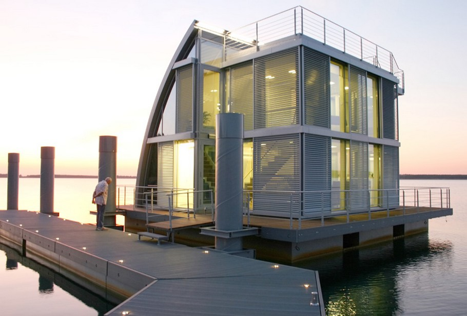 Contemporary Floating Home in the Lusatian Lake District, Germany (6)