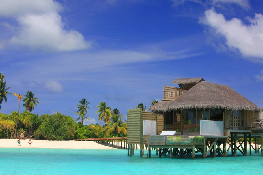 luxury water villas at the six senses laamu resort. Black Bedroom Furniture Sets. Home Design Ideas
