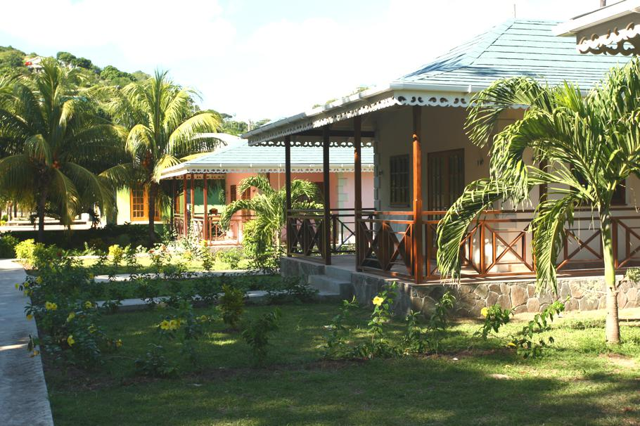 Luxury-Bequia-Beach-Hotel-The-Grenadines 12