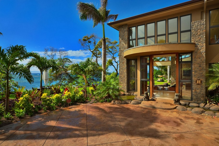 6 Stunning New Luxury Residence in Hawaii by Arri Lecron