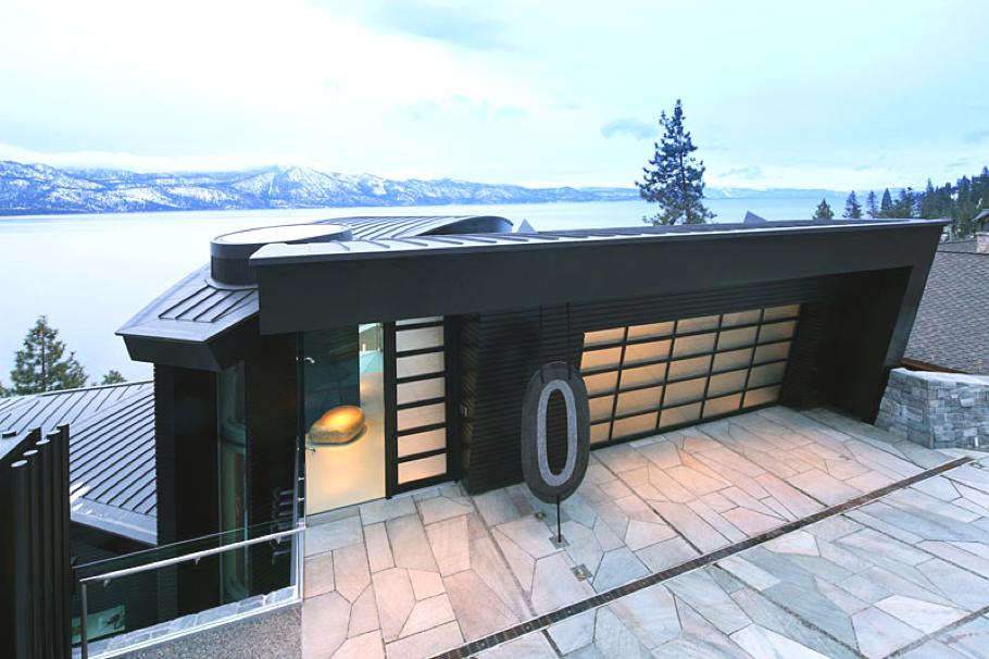 Contemporary-Waterfront-Lake-House-Nevada-USA-01