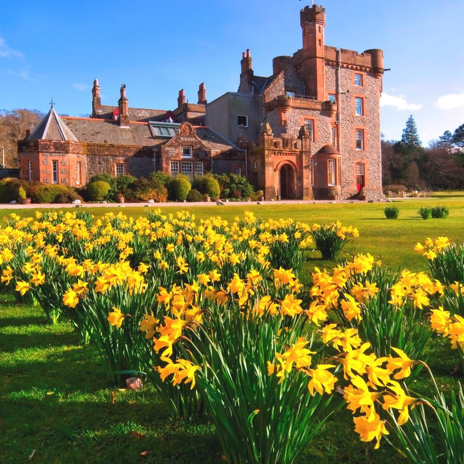 Luxury-Hotel-Isle-Of-Eriska-Scotland-11