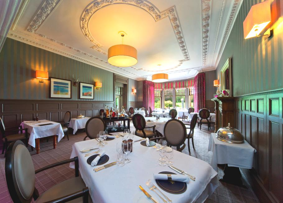 Luxury-Hotel-Isle-Of-Eriska-Scotland-15